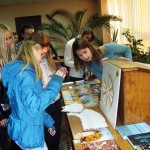 Ukraine. NA organizes an information booth at the National University of Donetsk (Ukraine) for World Philosophy Day.